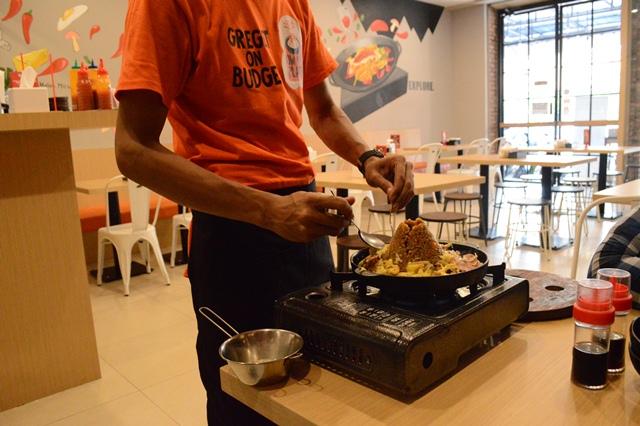 Ow My Plate; Merek Lokal yang Siap Menghangatkan Hidangan Pelanggan
