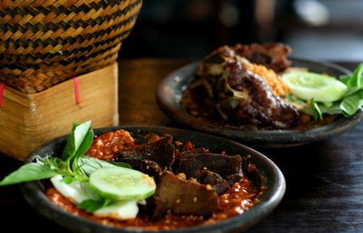 Warung Tekko Jadi Kuliner Pilihan Keluarga Di Flavor Bliss