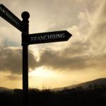 Perbedaan FRANCHISING dan LICENSING
