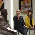 Resmi 'Berlabel' Halal, Chick 'N Roll Gaet Ria Miranda Sebagai Brand Ambassador