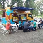 Sudah Tiba Di Tanah Makassar, Tiga Unit Food Truck Es Batok 212 Siap Beroperasi