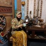 Muji Asih, Sosok Perempuan Tangguh Dibalik Bisnis Ayam Gepuk Bang Satria